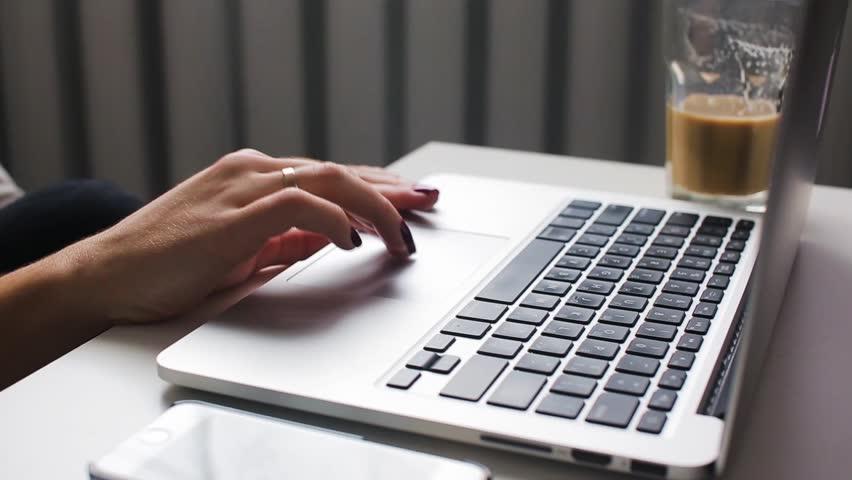 آموزش مقاله نویسی در 10 گام: چگونه در 10 گام یک مقاله استاندارد بنویسیم.